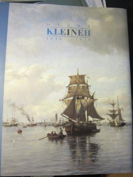 Kertomus Suomen ainoan meri- ja arkkitehtuurimaalari Oscar Kleinehin (1846-1919) elämästä ja matkoista Suomenlahden saaristossa, Norjan ja Ranskan rannikoilla ja Välimerellä.